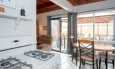 Kitchen, 4345 Montalvo St, 2