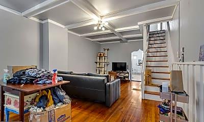 Living Room, 2950 Weikel St, 1