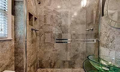 Bathroom, 6203 Richmond Ave, 2
