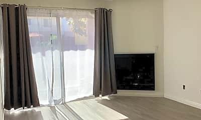 Living Room, 2505 4th St, 1