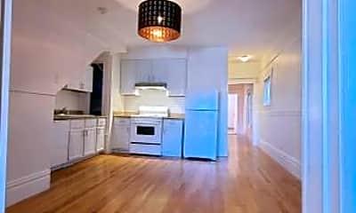 Living Room, 507 30th St, 1