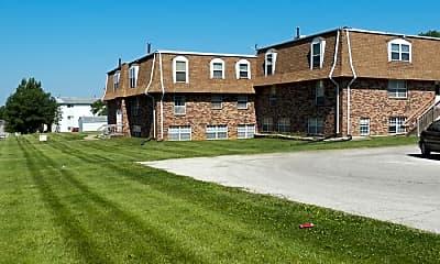 Building, 1450 Meadowview Dr, 1