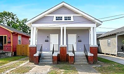 Building, 2534 Lavender St, 0