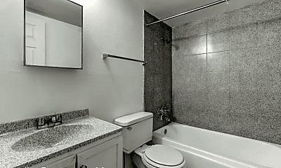 Bathroom, 3653 E 2nd St, 2