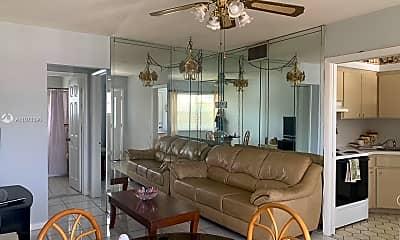 Living Room, 1100 Atlantic Shores Blvd 401, 2