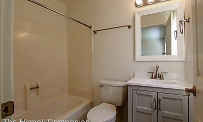 Bathroom, 261 Boulder Creek Dr, 2