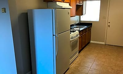 Kitchen, 9300 Bancroft Ave, 1