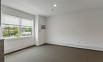 Living Room, 100 Mariners Way 303, 1