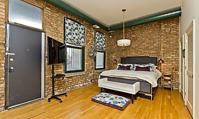 Bedroom, 1470 N Milwaukee Ave, 2