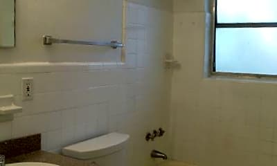 Bathroom, 1821 Middle River Dr, 2