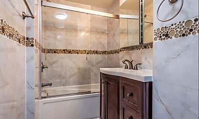 Bathroom, 154 E 26th St, 1