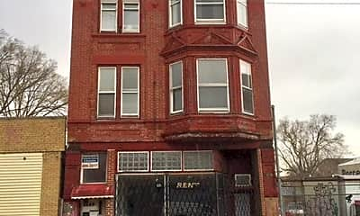 Building, 3462 W North Ave, 0