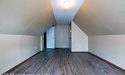 Living Room, 3 Charles St, 2