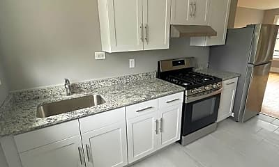 Kitchen, 8209 S Ellis Ave, 0