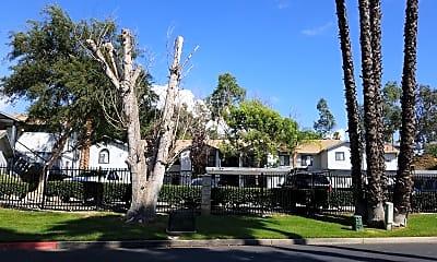 Lakeridge Apartments, 0