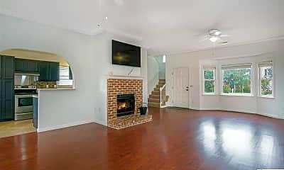 Living Room, 1207 Hillsboro Ln, 1