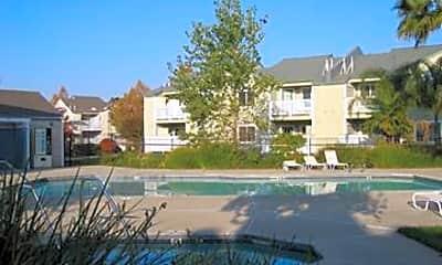 Parkside Apartments, 2