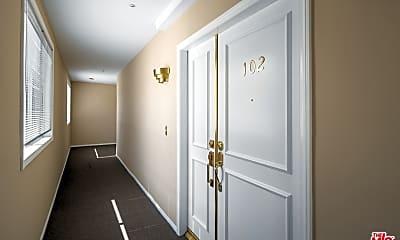 Bathroom, 8349 Blackburn Ave 102, 0