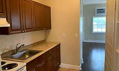 Kitchen, 1212 N Federal Hwy, 2