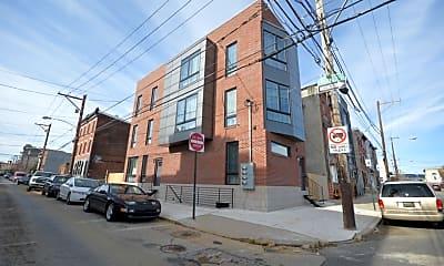 Building, 1948 E York St, 2