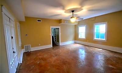 Living Room, 604 St Roch Ave, 1