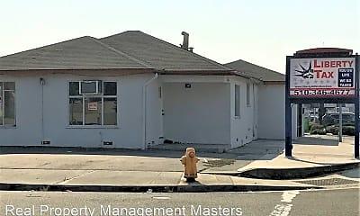 Building, 966 W Winton Ave, 1