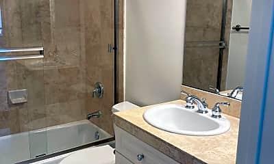 Bathroom, 1960 Stonewood Dr, 2