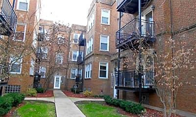 Building, 1449 W Victoria St Apt 1B, 0