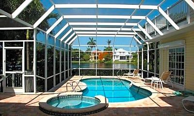 Pool, 590 E Lake Dr, 0