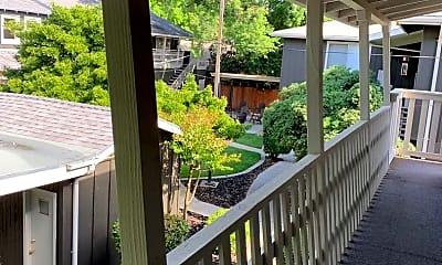 Patio / Deck, 424 Sycamore Ave, 2