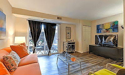 Living Room, 735 Washington Dr, 0