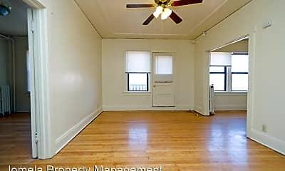 Bedroom, 3104 W Wells St, 1