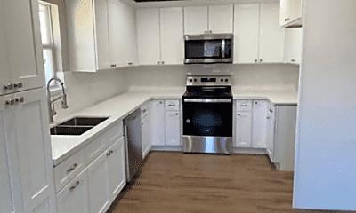Kitchen, 5506 Gum St, 1