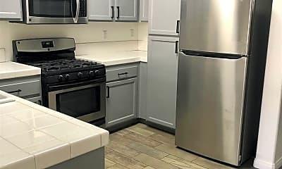 Kitchen, 1499 Paseo Aurora, 1