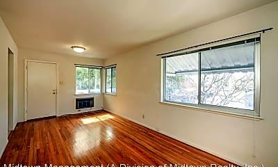 Living Room, 441-447 Leland Ave, 1