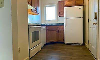 Kitchen, 717 Naomi St, 2