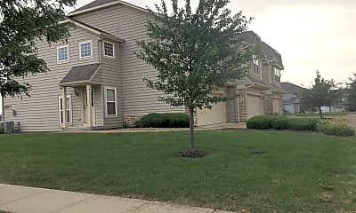 Townhomes at the Reserve, 2