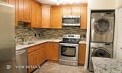 Kitchen, 3800 Powell Ln 404, 0