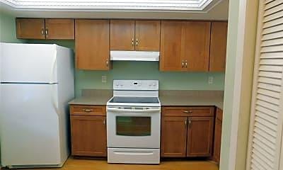 Kitchen, 141 Lakeside Dr 6, 1