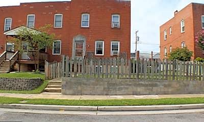 Building, 2970 Yorkway, 0