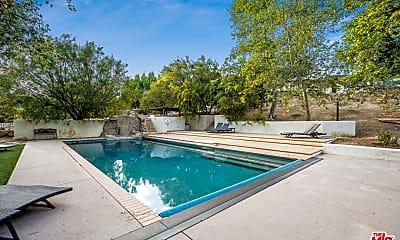 Pool, 3200 Santa Maria Rd, 2