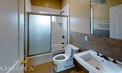 Bathroom, 6633 Del Playa, 1