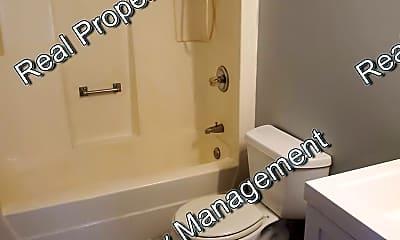 Bathroom, 707 N Grant St, 2