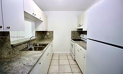 Kitchen, 2725 W Okeechobee Rd 16, 0