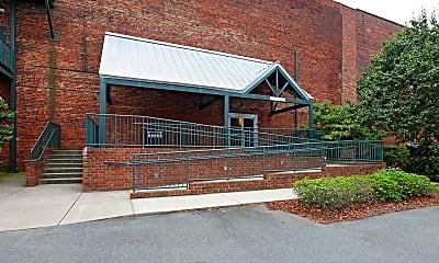 Building, 836 Oak Street Loft, 0