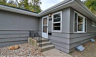 Building, 709 E 19th St, 1