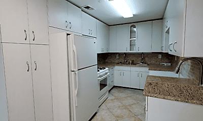 Kitchen, 207 Myrtle Ave, 2