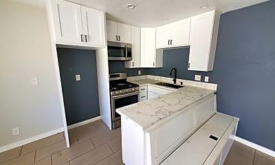 Kitchen, 10037 Samoa Ave, 1