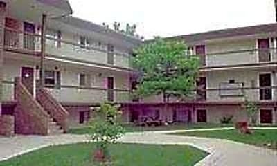Stonebrook Terrace, 1
