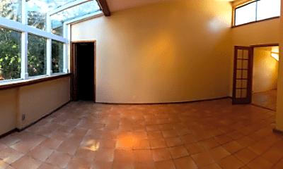 Patio / Deck, 43 Laureles Grade, 2